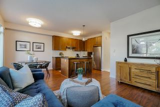 """Photo 10: 26 2738 158 Street in Surrey: Grandview Surrey Townhouse for sale in """"CATHEDRAL GROVE"""" (South Surrey White Rock)  : MLS®# R2442123"""