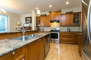 """Photo 5: 19662 73A Avenue in Langley: Willoughby Heights House for sale in """"Willoughby Heights"""" : MLS®# R2339919"""