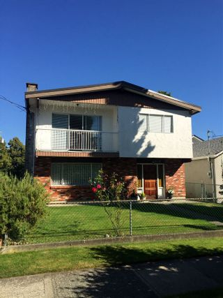 "Photo 1: 5012 MOSS Street in Vancouver: Collingwood VE House for sale in ""COLLINGWOOD"" (Vancouver East)  : MLS®# R2481325"