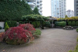 Photo 16: 306 620 SEVENTH Avenue in New Westminster: Uptown NW Condo for sale : MLS®# R2221057