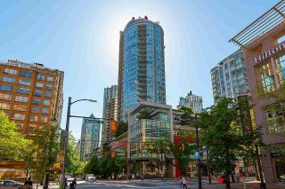 """Photo 1: 2203 833 HOMER Street in Vancouver: Downtown VW Condo for sale in """"Atelier on Robson"""" (Vancouver West)  : MLS®# R2618183"""
