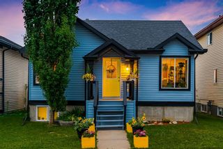 Photo 2: 56 Luxstone Crescent SW: Airdrie Detached for sale : MLS®# A1131266