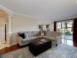 Photo 3: 747 Haliburton Rd in : SE Cordova Bay House for sale (Saanich East)  : MLS®# 872726