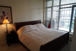 Photo 7: 502 135 W 2ND Street in North Vancouver: Lower Lonsdale Condo for sale : MLS®# R2180749