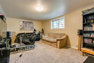 Photo 18: 2017 37 Street SE in Calgary: Forest Lawn Detached for sale : MLS®# A1101949