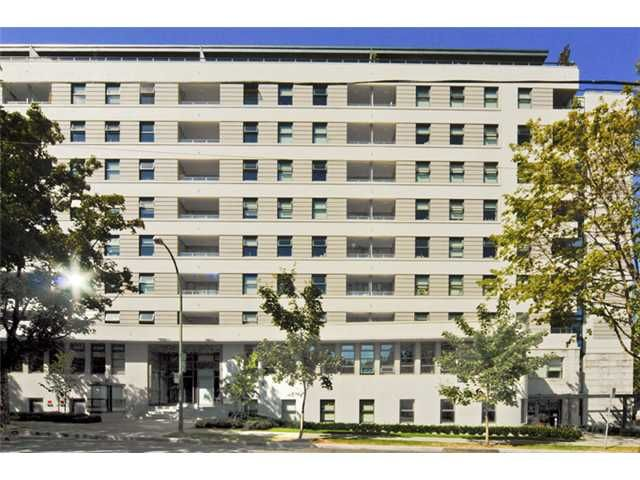 """Main Photo: 302 2851 HEATHER Street in Vancouver: Fairview VW Condo for sale in """"TAPESTRY"""" (Vancouver West)  : MLS®# V847803"""