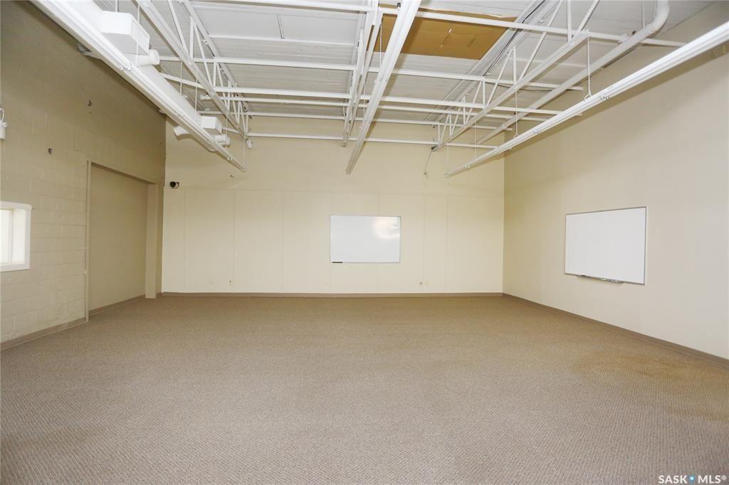 Photo 15: Photos: 2215 Faithfull Avenue in Saskatoon: North Industrial SA Commercial for sale : MLS®# SK852914
