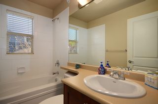 "Photo 15: 229 E QUEENS RD in North Vancouver: Upper Lonsdale Townhouse for sale in ""QUEENS COURT"" : MLS®# V1045877"