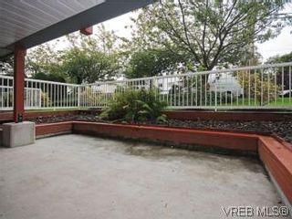 Photo 4: 104 1234 Fort St in VICTORIA: Vi Downtown Condo for sale (Victoria)  : MLS®# 550967
