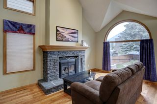 Photo 5: 338 Squirrel Street: Banff Detached for sale : MLS®# A1139166