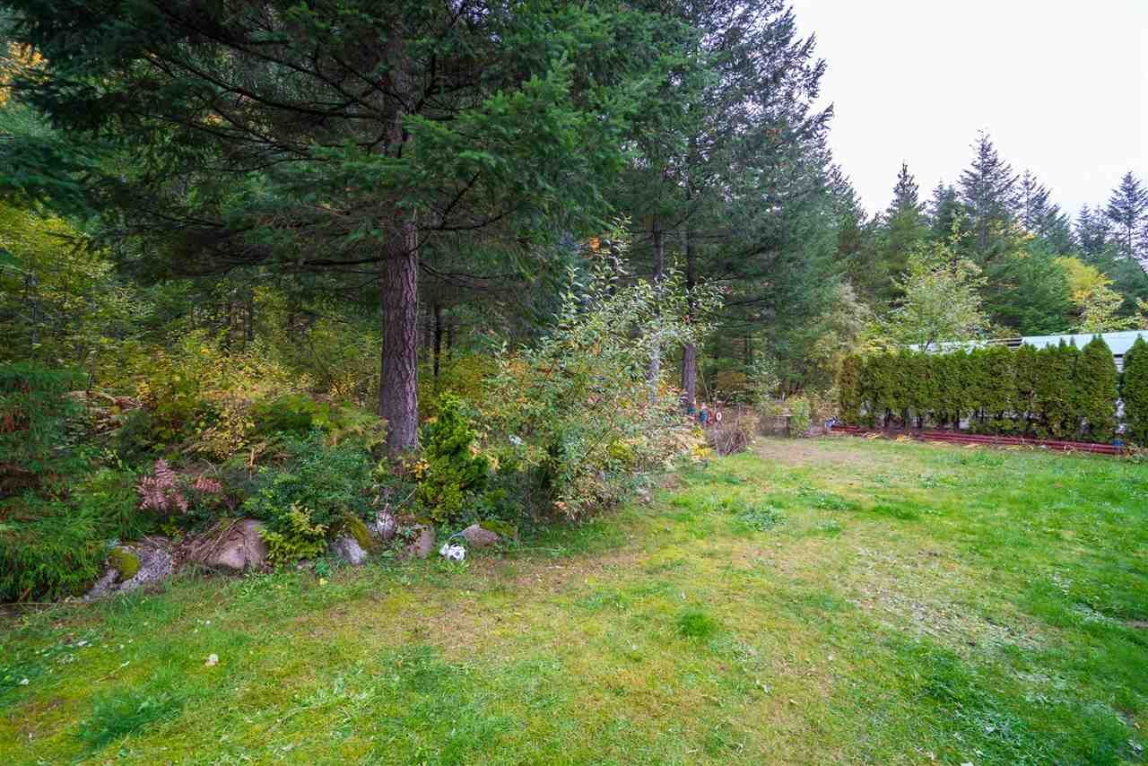 Photo 18: Photos: 36255 TRANS CANADA Highway in Yale: Hope Laidlaw Manufactured Home for sale (Hope)  : MLS®# R2335678