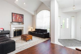 """Photo 6: 15050 SEMIAHMOO Place in Surrey: Sunnyside Park Surrey House for sale in """"Semiahmoo Wynd"""" (South Surrey White Rock)  : MLS®# R2197681"""