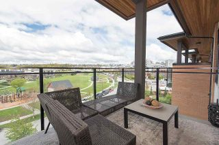 """Photo 5: 401 220 SALTER Street in New Westminster: Queensborough Condo for sale in """"GLASSHOUSE LOFTS"""" : MLS®# R2159431"""