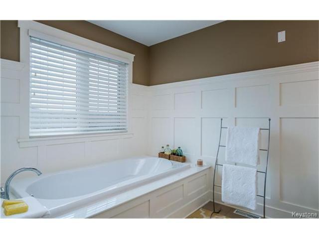 Photo 19: Photos: 39 Portside Drive in Winnipeg: Van Hull Estates Residential for sale (2C)  : MLS®# 1703911