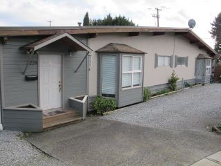 Photo 2: 3220 - 3224 CEDAR DRIVE in Port Coquitlam: Lincoln Park PQ House for sale : MLS®# R2037940