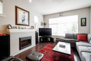 """Photo 2: 8 14377 60 Avenue in Surrey: Sullivan Station Townhouse for sale in """"BLUME"""" : MLS®# R2614903"""