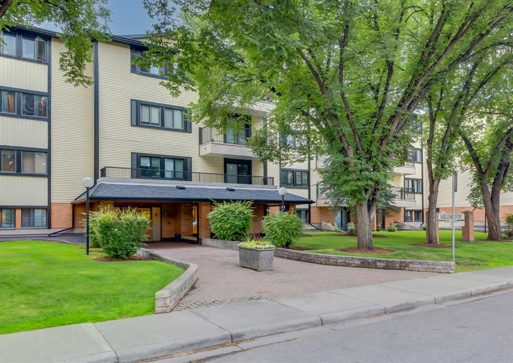 Main Photo: 110 727 56 Avenue SW in Calgary: Windsor Park Apartment for sale : MLS®# A1133912