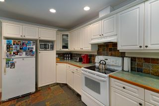 Photo 5: 452 NAISMITH Avenue: Harrison Hot Springs House for sale : MLS®# R2517364