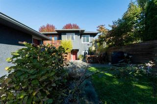 Photo 19: 2436 TURNER Street in Vancouver: Renfrew VE House for sale (Vancouver East)  : MLS®# R2116043