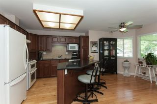 Photo 9: 6064 188 Street in Surrey: Cloverdale BC House for sale (Cloverdale)  : MLS®# R2257605