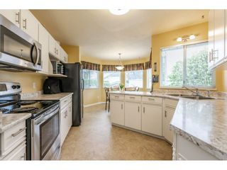 "Photo 6: 6193 185A Street in Surrey: Cloverdale BC House for sale in ""EAGLECREST"" (Cloverdale)  : MLS®# R2388424"