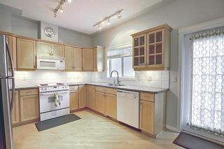Photo 12: 11 Sierra Morena Landing SW in Calgary: Signal Hill Semi Detached for sale : MLS®# A1116826