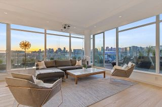 "Photo 1: 1101 1661 ONTARIO Street in Vancouver: False Creek Condo for sale in ""SAILS"" (Vancouver West)  : MLS®# R2559779"