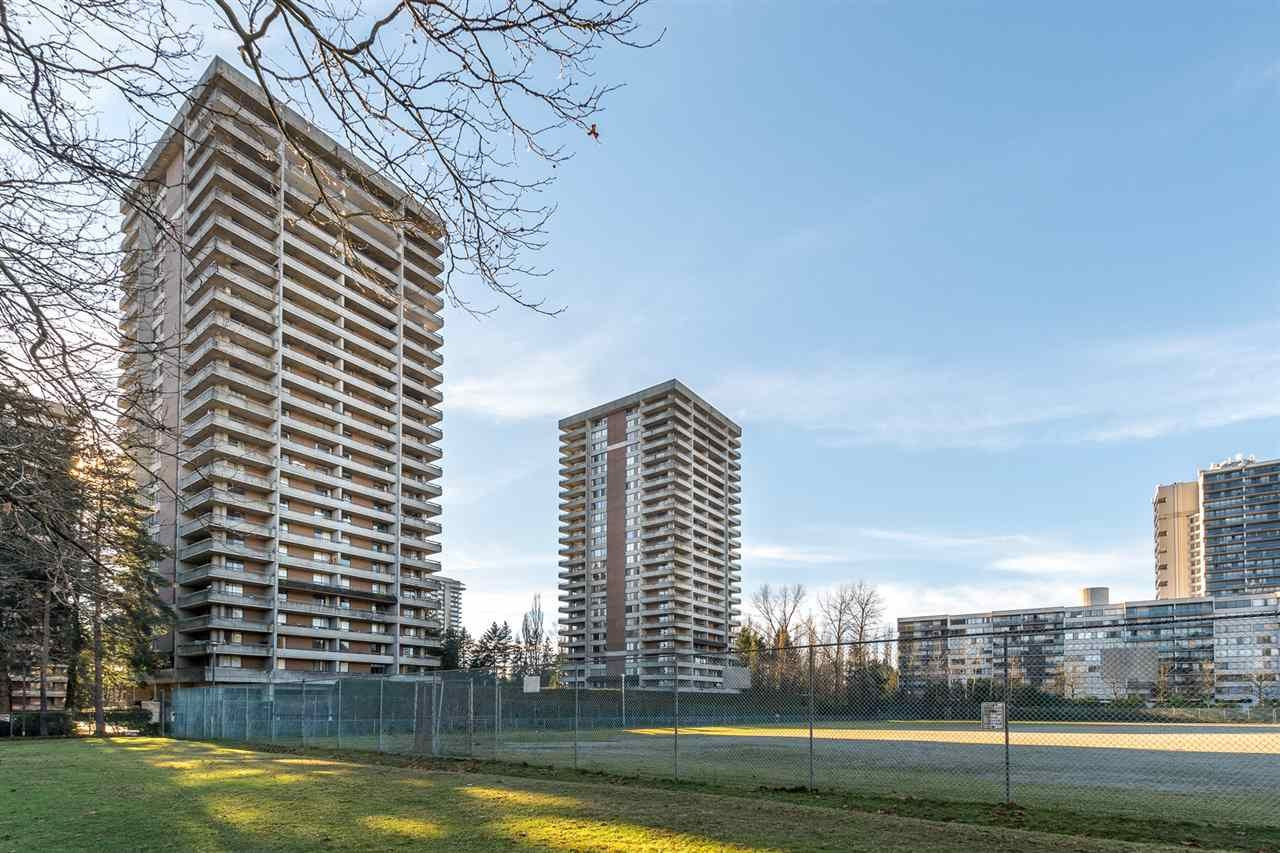 """Main Photo: 1004 3737 BARTLETT Court in Burnaby: Sullivan Heights Condo for sale in """"MAPLES AT TIMBERLEA"""" (Burnaby North)  : MLS®# R2522473"""