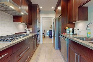 """Photo 13: 311 4759 VALLEY Drive in Vancouver: Quilchena Condo for sale in """"MARGUERITE HOUSE II"""" (Vancouver West)  : MLS®# R2591923"""