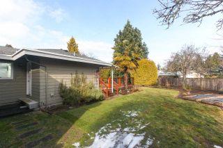 Photo 17: 4931 CEDAR Crescent in Delta: Pebble Hill House for sale (Tsawwassen)  : MLS®# R2243407