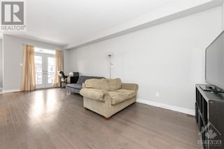 Photo 8: 84 STOCKHOLM PRIVATE in Ottawa: House for sale : MLS®# 1258634