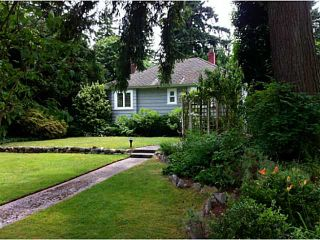 Photo 3: 1001 W 19TH Street in North Vancouver: Pemberton Heights House for sale : MLS®# V1071936