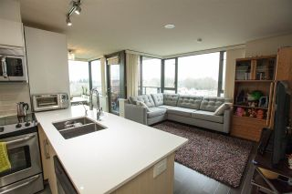 """Photo 3: 706 2689 KINGSWAY in Vancouver: Collingwood VE Condo for sale in """"SKYWAY TOWER"""" (Vancouver East)  : MLS®# R2146581"""