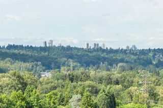 """Photo 13: 1704 9280 SALISH Court in Burnaby: Sullivan Heights Condo for sale in """"EDGEWOOD PLACE"""" (Burnaby North)  : MLS®# R2591371"""