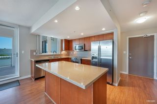 """Photo 2: 1102 4400 BUCHANAN Street in Burnaby: Brentwood Park Condo for sale in """"MOTIF AT CITI"""" (Burnaby North)  : MLS®# R2605054"""