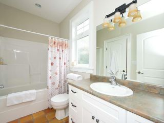 Photo 36: 954 SURFSIDE DRIVE in QUALICUM BEACH: PQ Qualicum Beach House for sale (Parksville/Qualicum)  : MLS®# 783341