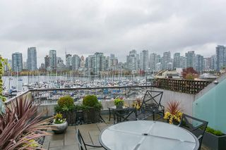 Photo 2: 247 658 LEG IN BOOT SQUARE in Vancouver: False Creek Condo for sale (Vancouver West)  : MLS®# R2118181