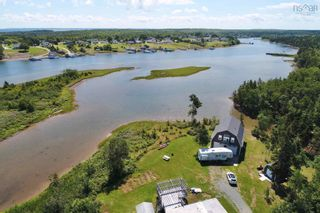 Photo 1: 696 Point Aconi Road in Point Aconi: 207-C. B. County Residential for sale (Cape Breton)  : MLS®# 202120612