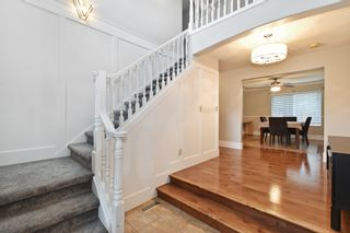 """Photo 3: 2237 MOUNTAIN Drive in Abbotsford: Abbotsford East House for sale in """"Mountain Village"""" : MLS®# R2577486"""