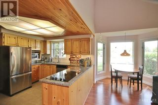 Photo 5: 1214 UPTON ROAD in Ottawa: House for sale : MLS®# 1247722
