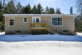 Photo 1: 267 Kinsac Road in Beaver Bank: 26-Beaverbank, Upper Sackville Residential for sale (Halifax-Dartmouth)  : MLS®# 202105578