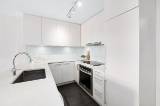 """Photo 7: 1109 668 COLUMBIA Street in New Westminster: Quay Condo for sale in """"Trapp + Holbrook"""" : MLS®# R2591740"""