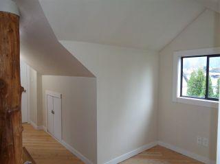 Photo 7: 453 HUDSON BAY Street in Hope: Hope Center House for sale : MLS®# R2436471