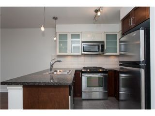 """Photo 7: 2006 1 RENAISSANCE Square in New Westminster: Quay Condo for sale in """"THE Q"""" : MLS®# V1043023"""