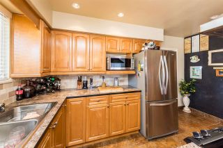Photo 7: 1580 HAVERSLEY Avenue in Coquitlam: Central Coquitlam House for sale : MLS®# R2271583