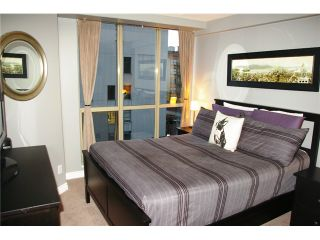 """Photo 6: 704 680 CLARKSON Street in New Westminster: Downtown NW Condo for sale in """"THE CLARKSON"""" : MLS®# V1025935"""
