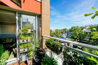 "Photo 18: 319 2255 WEST 4TH Avenue in Vancouver: Kitsilano Condo for sale in ""Capers Building"" (Vancouver West)  : MLS®# R2469536"