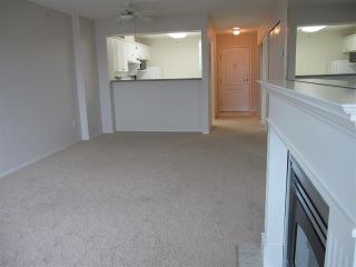 """Photo 2: 909 12148 224 Street in Maple Ridge: East Central Condo for sale in """"PANORAMA - ECRA"""" : MLS®# R2084519"""
