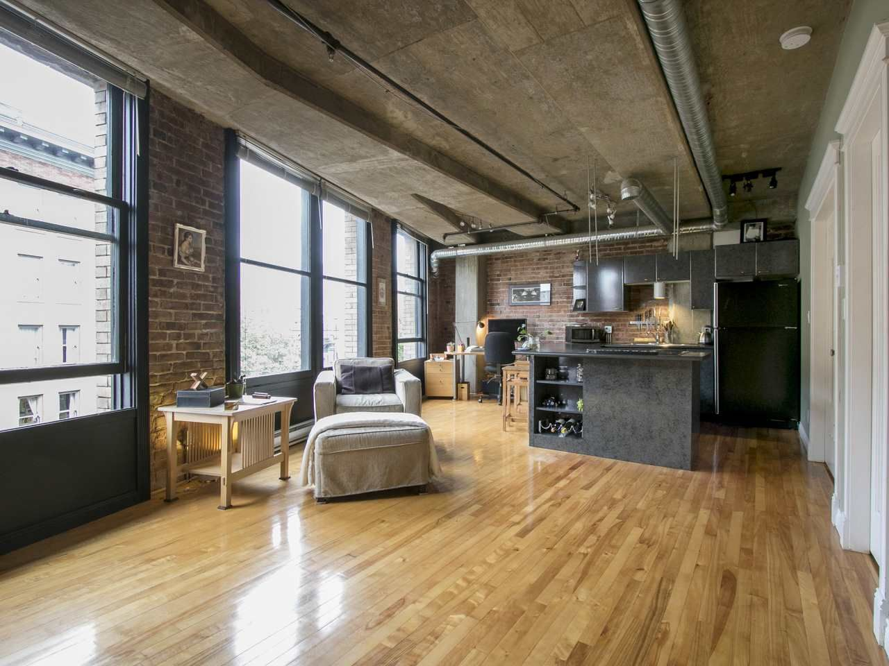"""Main Photo: 504 27 ALEXANDER Street in Vancouver: Downtown VE Condo for sale in """"The Alexander"""" (Vancouver East)  : MLS®# R2007878"""