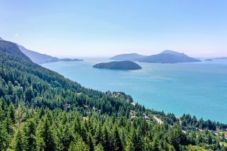 """Photo 2: 465 TIMBERTOP Drive: Lions Bay Land for sale in """"Lions Bay"""" (West Vancouver)  : MLS®# R2603157"""
